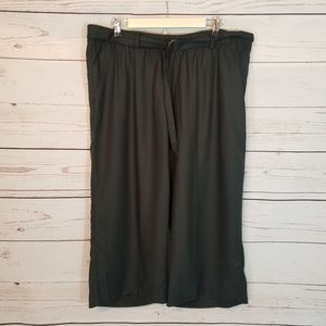 Soft Surroundings Wide Leg Cropped Belted Pant